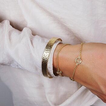 MILA ROD  armband charm, guld