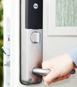 YALE Doorman digitalt dörrlås V2N