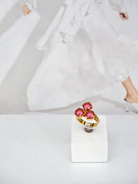 Ring Maya Triangle Mulberry Pink Pearl Gold