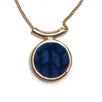 Swedish Grace Golden Midnatt Necklace