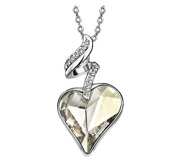 """Halsband """"White heart"""" med en större vit Austrian Crystal och flera små Austrian Crystals samt i platinumplätering"""