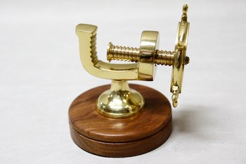 Ship's Wheel Nutcracker 13 cm