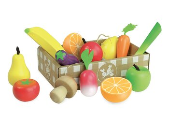 Fruits & veggies in box