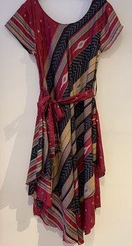 Silk dress xl red/black/lionyellow