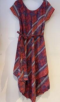 Silkes klänning xl korall/duvblå