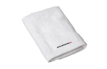AQR towel white