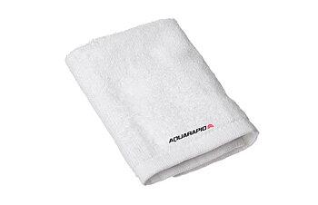 AQR towel white