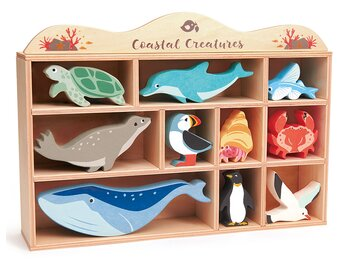 Shelf with coastal animals