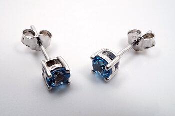 Blå topas, örstick 4mm  925-silver