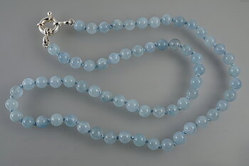 Necklace approx. 50cm with aquamarinepearls approx 6,3mm. sterling silver clasp