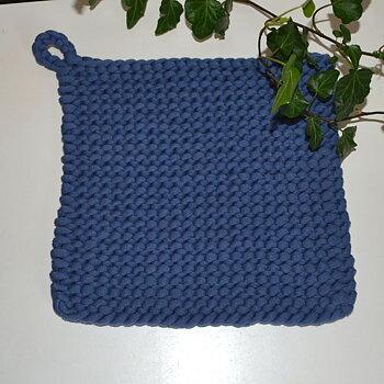 Grytlapp - stickad blå