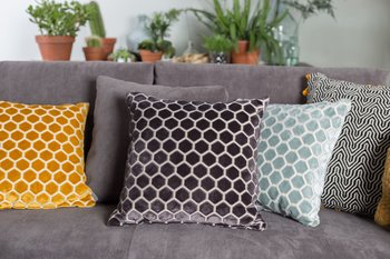 "Cushion ""Monty"" Dark grey - Zuiver"