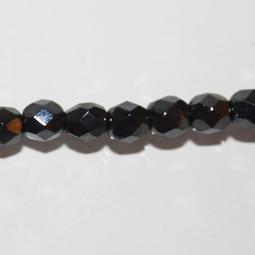 Fasetter i hematitfärg,5 mm. Ca 12 cm sträng.