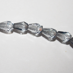 Transparent montana päronformade fasetter, 7*5  mm. Ca 12 cm sträng.