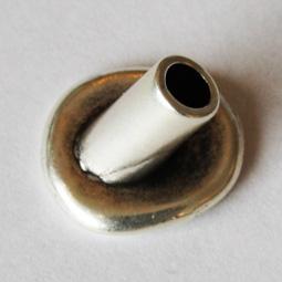 Låsknapp för läder, pläterad med 999 silver, 16*14 mm.