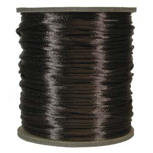 Mörkbrunt satinband, 2 mm. En meter.