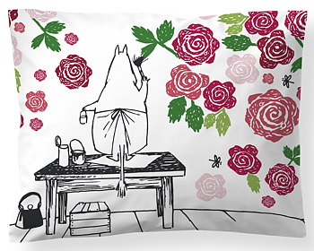 Moomin Pillowcase, Moominmamma´s Rosegarden (Satin)