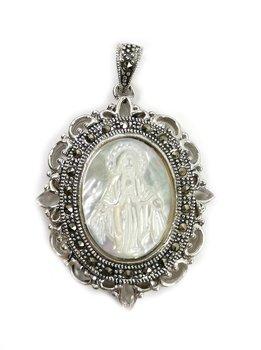 Maria Hänge i Pärlemor och Silver