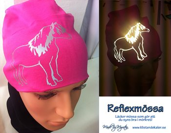 Hat with reflective horse