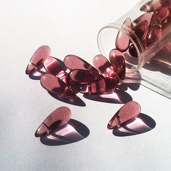Czech glass beads Teardrops 5 mm Pink