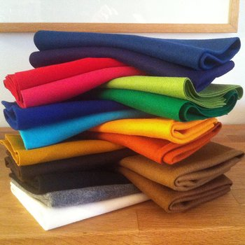 Wool Twill Fabric 50 x 50 cm