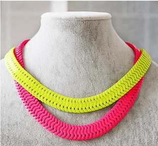neon color (yellow / pink / orange) necklace