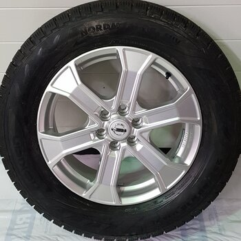 Vinterhjulspaket Nissan Navara 18Tum
