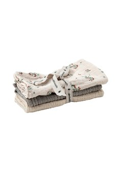 Garbo and Friends: 3 pack burp cloths, Clover muslin
