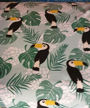 Mintgreen cottontricot with toucans