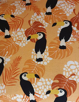 Oranga cottontricot with toucans