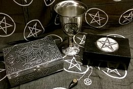 Tarot, Magi & Wicca