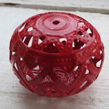 Filigree boll - Röd 26x19mm 1 styck