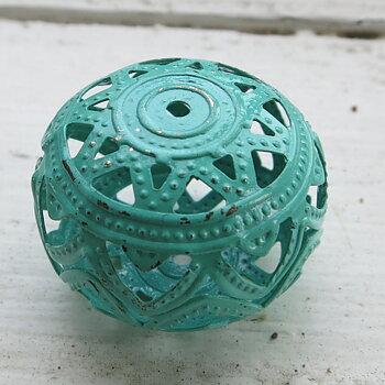 Filigree boll - Mintgrön  26x19mm 1 styck