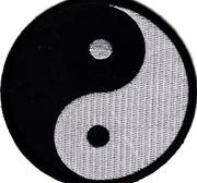 Broderat Märke, Yin Yang