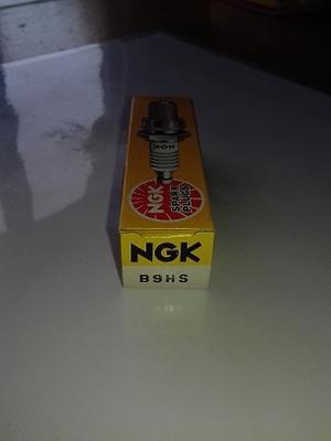 NGK B9HS Tändstift