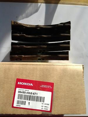 06450-HN5-671 Honda Bromsbandssats