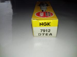 NGK D7EA Tändstift (7912)