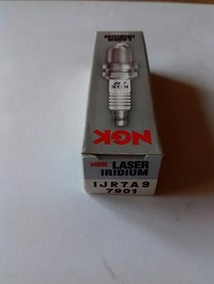 NGK IJR7A9 Iridium Tändstift (7901)