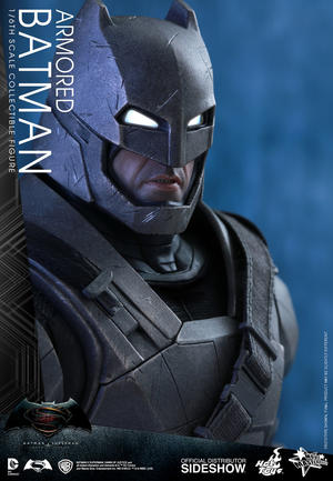 Hot Toys - Armored Batman Sixth Scale Figure