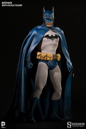 Sideshow Collectibles -  Batman Sixth Scale Figure