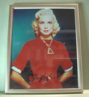 JANET LEIGH (Psycho etc) Signed photo in frame