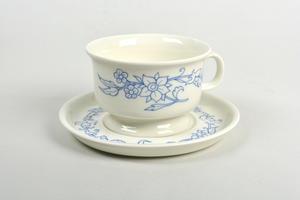 Teekuppi ja alusvati,  Sininen keittiö, RU