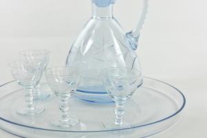 Karaff och glas 4 st + serveringsfat,  slipad dekor, IK