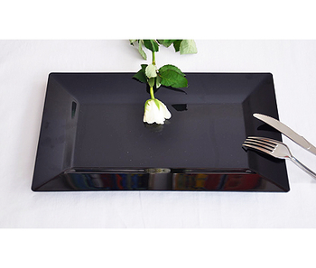 Disposable Rectangle dinner plate Black. 10 pieces
