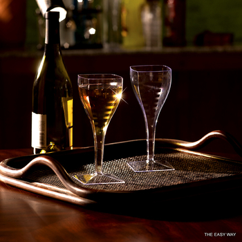 Square Wine glass. 6 pieces.