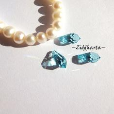 Swarovski 11x5,5mm Teardrop hänge: Light Turquoise
