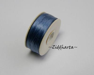 Pärl- Smyckestråd: NYMO storlek 00 - Royal Blue /Kungsblå - 99 meter