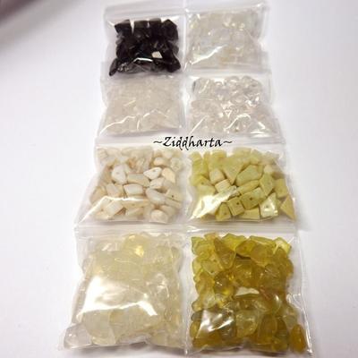#H1 Borrad Halvädelstens chips: Paket med massa olika - Bergkristall Opalite White Jade Ananas Quartz MOP