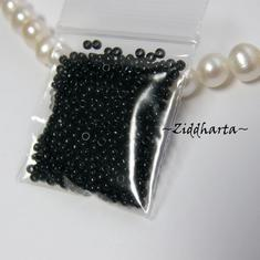 5gram Miyuki Seed Beads 15/0 - Jet Black - ca 1250 pärlor