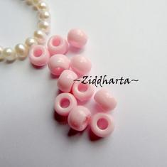 20st Pink / Rosa Opaka PONY pärla 9x6mm - Drum Beads XL: PlastPärlor med stora hål